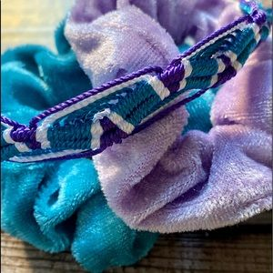 Jewelry - VSCO girl Friendship bracelet 2 schrunchies